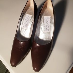 Joan & David Leather Heels - Near Mint!